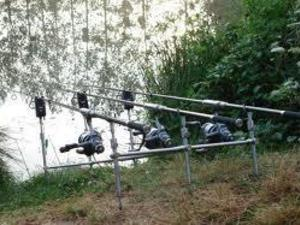 Used fishing gear for sale friday ad for Used fly fishing gear for sale