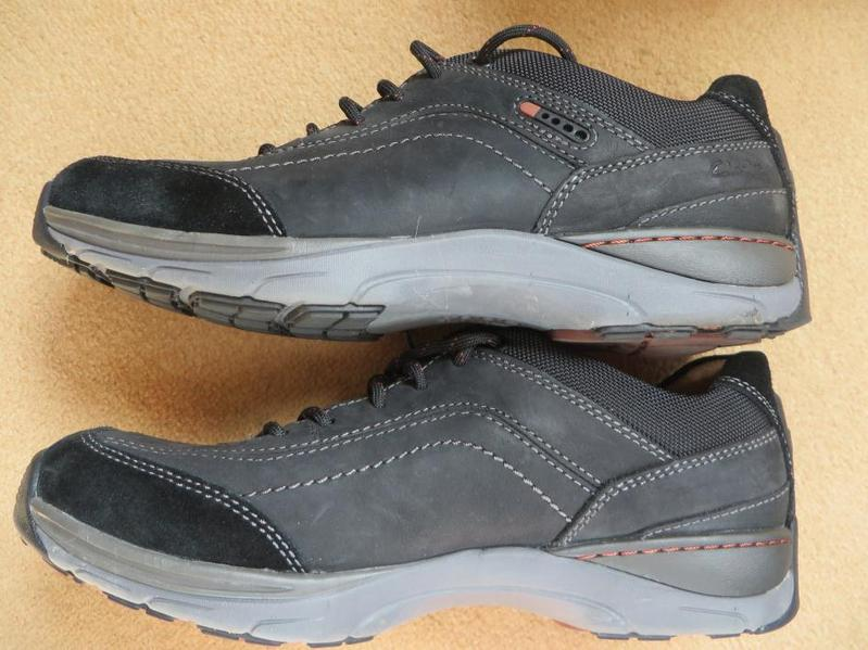 Clarks Skyward Trainer Can Be Posted In Peterborough