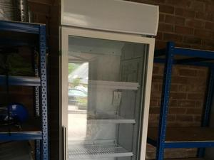 New Polar DM076 Display Fridge