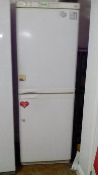 AEG Santo Fuzzy Logic 50 50 Fridge Freezer white in