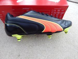 PUMA FOOTBALL BOOTS  NEW