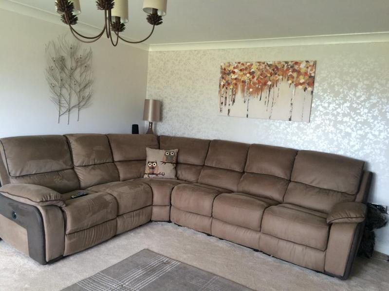 AS NEW HARVEYS HOLDEN 6 SEAT ELECTRIC RECLINER CORNER SOFA in Ulceby - Expired | Friday-Ad & AS NEW HARVEYS HOLDEN 6 SEAT ELECTRIC RECLINER CORNER SOFA in ... islam-shia.org