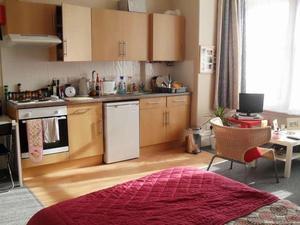 room in Redland