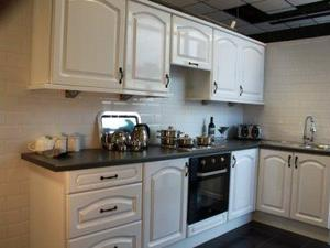 Kitchen In White High Gloss On Sale.