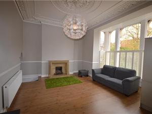 2 bedroom flat in Tyndalls Park