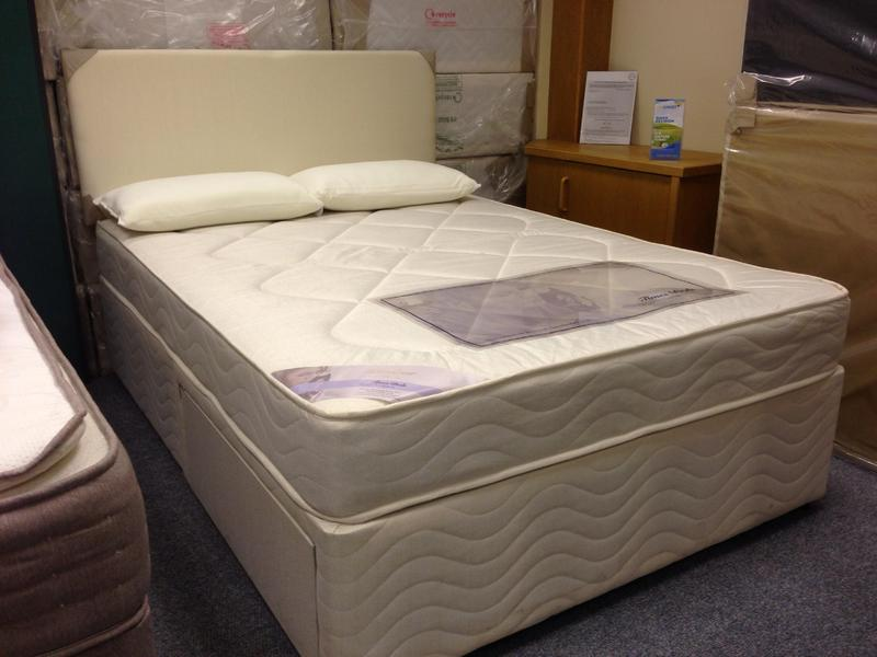 Double deluxe divan bed with drawers brand new kettering for Double divan with drawers