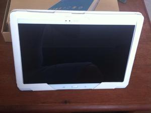 Samsung Gallaxy Pro SM T900 12 inch Tablet in perfect condition