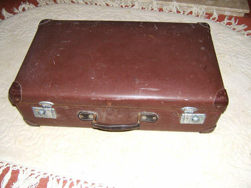 SUITCASE, GLOBE TROTTER, VINTAGE in Littlehampton - Expired ...
