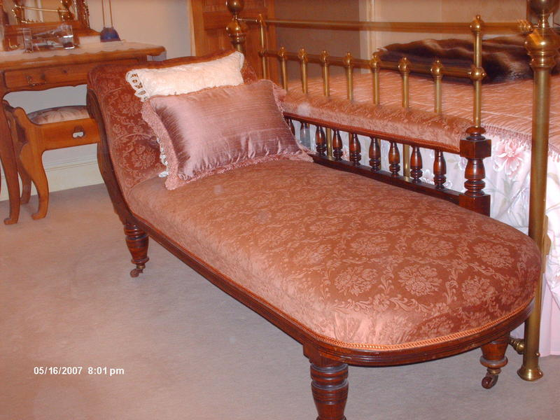 Antique edwardian chaise longue in hastings expired for Antique edwardian chaise longue