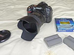 Nikon D80 DX format Digital SLR camera with as new Nikkor 18-200mm VRII zoom