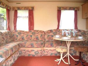 CHEAP Static Caravan Mobile Home for sale on the Isle of Wight. Great first caravan!!