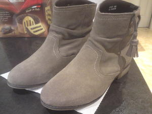F&F girls genuine suede ankle boots