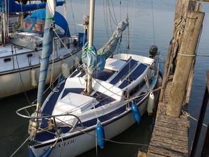 20' sailing boat