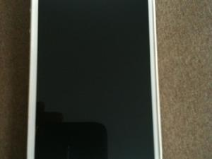 Apple iPhone 4s white 8gb - 02 network