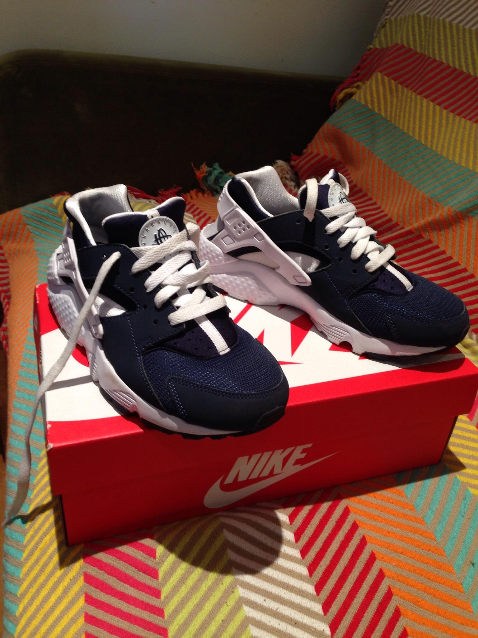 Nike Air Huarache Junior Size 6
