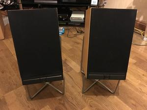 Mordaunt Short ms20i pearl edition.  Very good condition - with stands