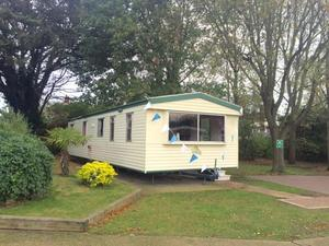 CANCELLED SALE AT NAZE MARINE HOLIDAY PARK INCLUDES 2016 FEES
