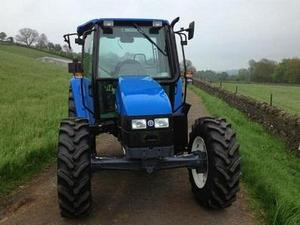 2000 NEW HOLLAND TL100 Diesel in Weardale ED