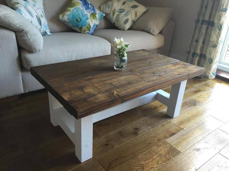 Chunky Country Style Coffee Table Solid Wood Dark Oak Stain Top 100 X 60 X 50 Cm New In