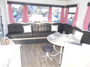 CHEAP Static Caravan for sale on the Isle of Wight. Great first caravan!! Only £13,995