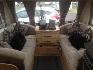 Coachman pastiche platinm 545 4 berth