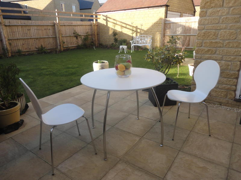 Marks And Spencer Toronto Dining Table In White With 2 Matching Chairs Moreton Marsh