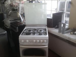 Gas cooker by Stoves