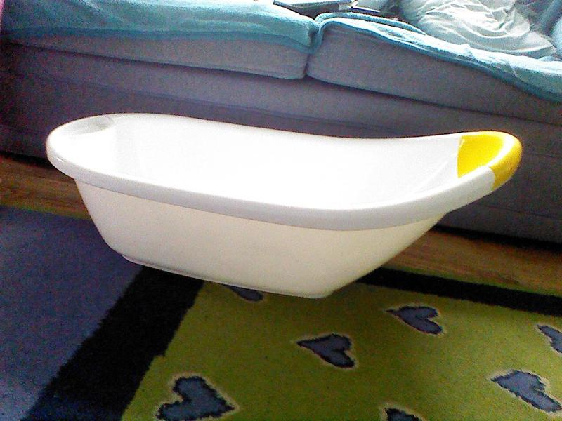 Baby bath for sale. in Crawley | Friday-Ad
