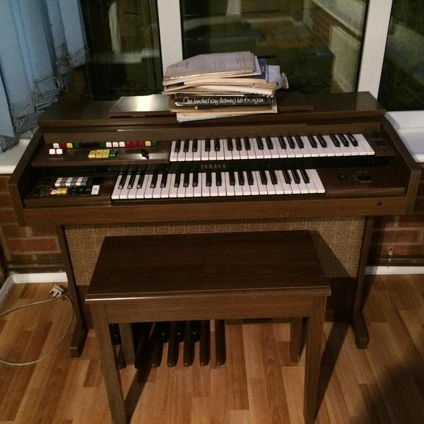 Yamaha electone electric organ model b 35 in for Yamaha electone organ models