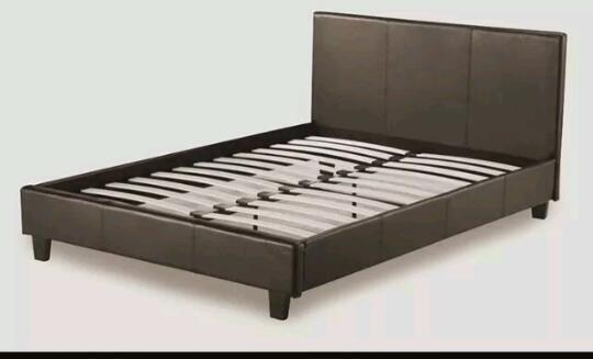 Dreams Vicenza King Size Bed Frame Excellent Condition 25