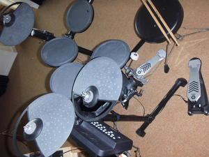 yamaha electronic drums for sale in uk view 76 bargains. Black Bedroom Furniture Sets. Home Design Ideas