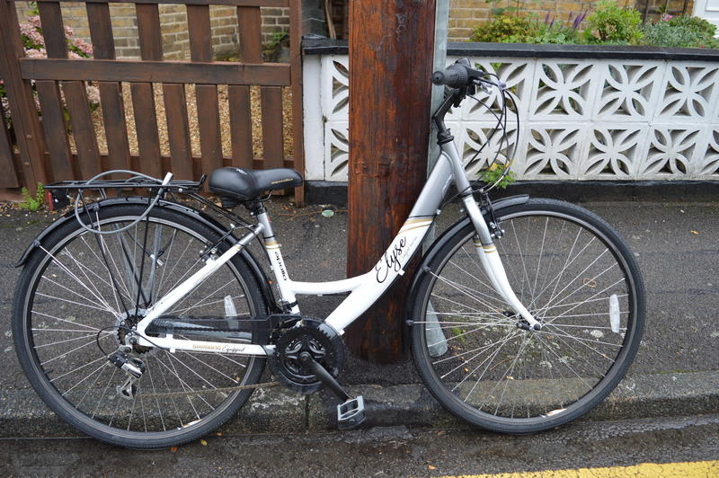 Apollo Elyse Womens Hybrid Bike In Uxbridge Sold Friday Ad