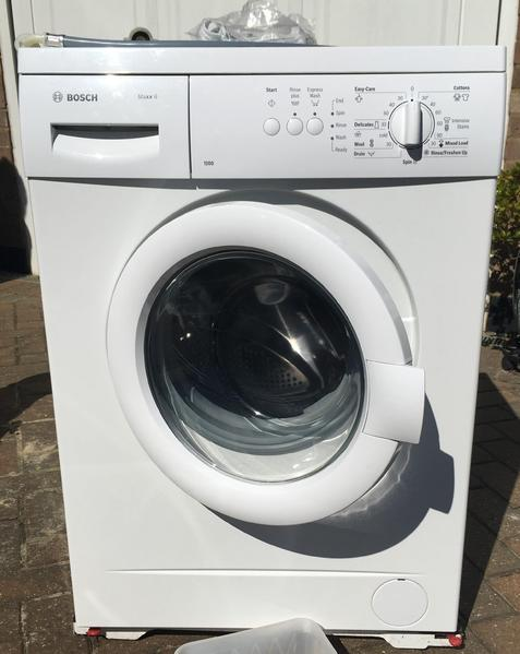 bosch maxx 6 washing machine in redhill sold friday ad. Black Bedroom Furniture Sets. Home Design Ideas