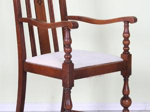 LOVELY OLD CARVER CHAIR SOLID OAK - CAN COURIER in Eastbourne
