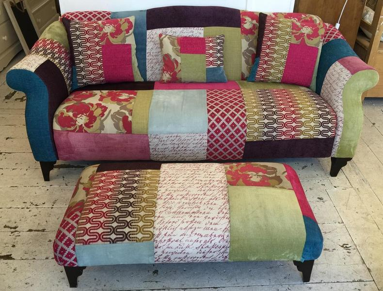 Dfs 39 shout 39 maxi sofa in haywards heath expired for Sofa patchwork