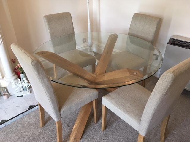 Round Glass Top Criss Cross Oak Leg Dining Table  : round glass top criss cross oak leg dining table 15575754 1800X600 from www.friday-ad.co.uk size 640 x 480 jpeg 37kB