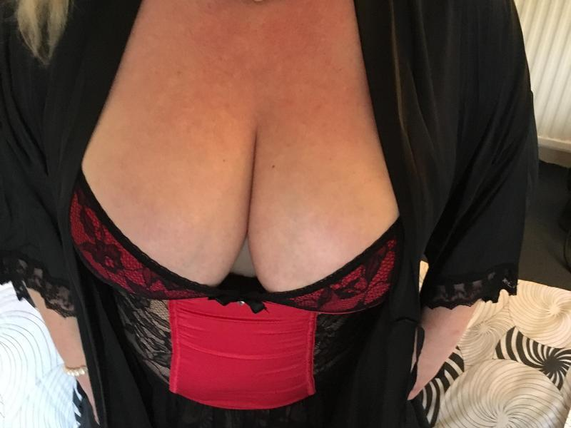 eastbourne escorts relax