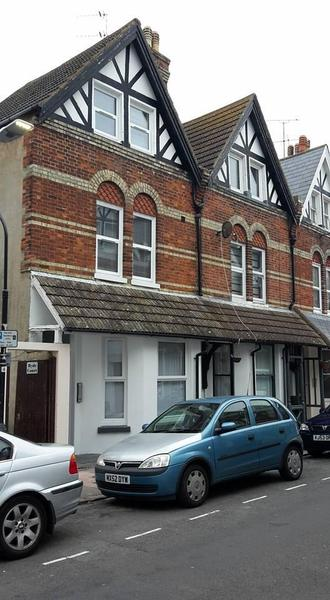 friday ad eastbourne dating Find properties to rent in eastbourne - flats & houses to rent in eastbourne - rightmove search over 900,000 properties for sale from the top estate agents and developers in the uk.