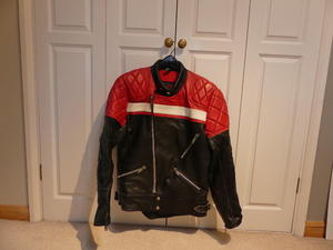 TT Leathers Biker Jacket - 100% leather , nylon lining, chest size 40 inches all..., used for sale  Bristol