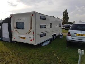 Luxury American Caravan 2 Bedroom London  Campervans Amp Caravans