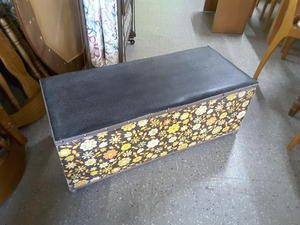 SALE NOW ON!! Retro Blanket Box With Leather Top For Reupholstery Project- Local Delivery £19  in Lancing