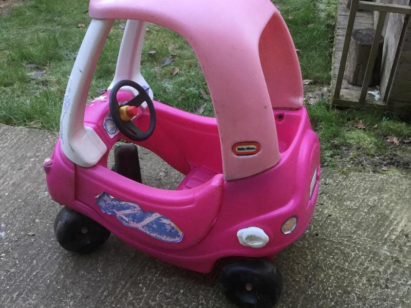 Little Tikes Car In Pink In Uckfield Expired Friday Ad