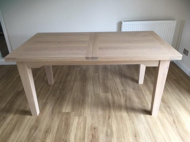 Extendable Light Oak Dining Table And  Chairs In Eastbourne - Light oak dining table