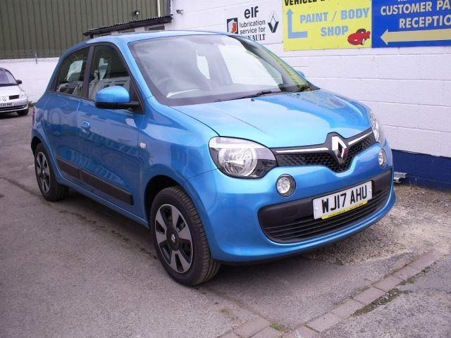 renault twingo 2017 in gloucester expired friday ad. Black Bedroom Furniture Sets. Home Design Ideas