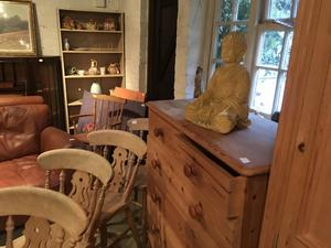 SOFAS/CHAIRS/TABLES/WARDROBES/CHESTS/MIRRORS in Brighton