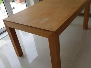 Oak Dining Table In Wellingborough