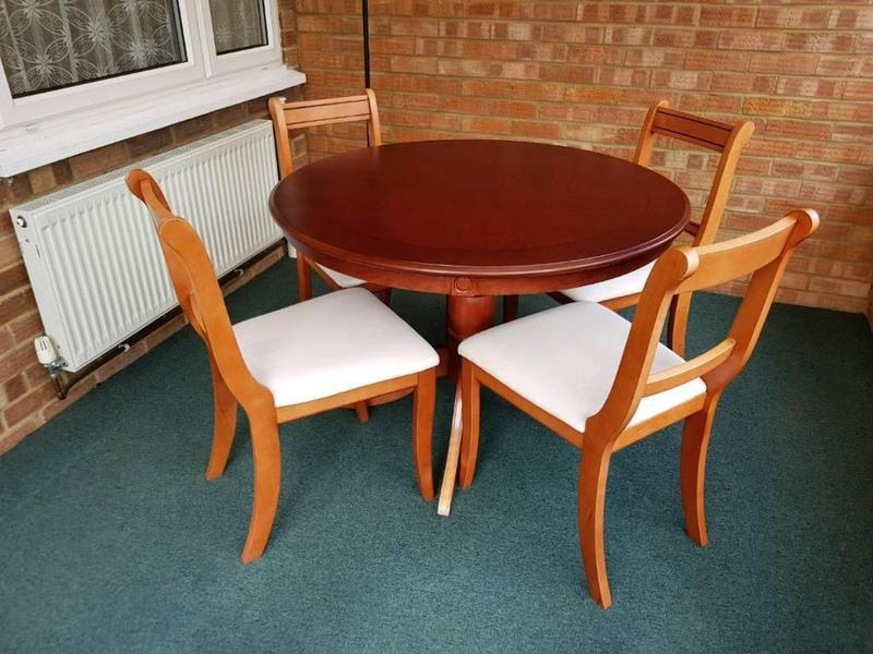 Round Dining Table and 4 Chairs in Crowborough Expired  : round dining table and 4 chairs 16244581 1800X600 from www.friday-ad.co.uk size 800 x 600 jpeg 75kB