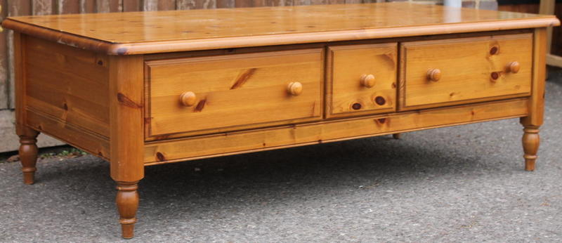 Large 39 Ducal 39 Pine Coffee Table In Haywards Heath Expired Friday Ad