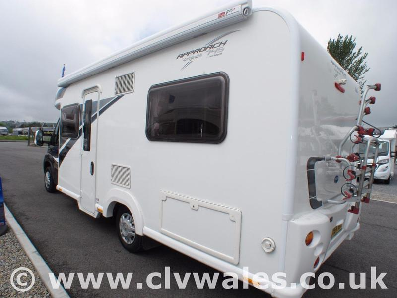 Simple Bailey Approach Autograph 745 2014 In Llanelli | Friday-Ad