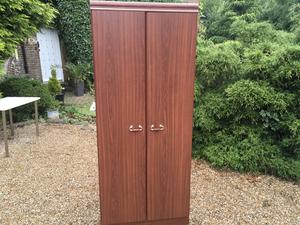 Top quality wardrobe very good condition in Brighton